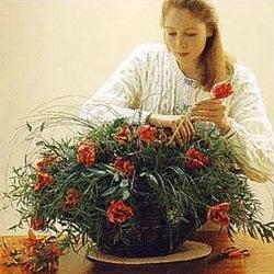 Составление композиции из цветов