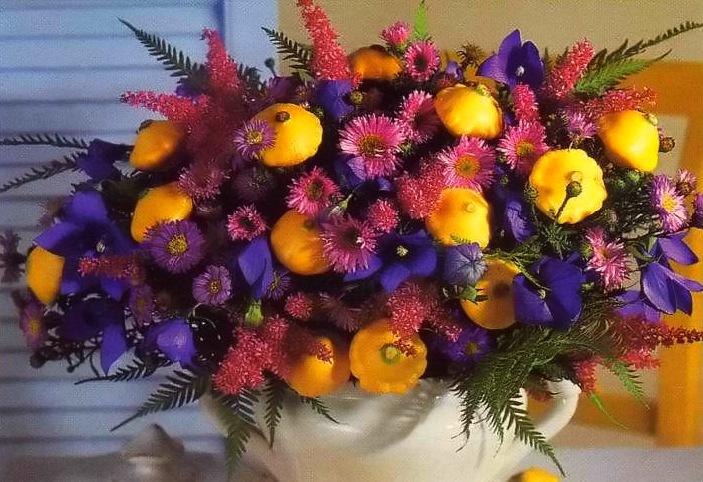 букеты садовых цветов